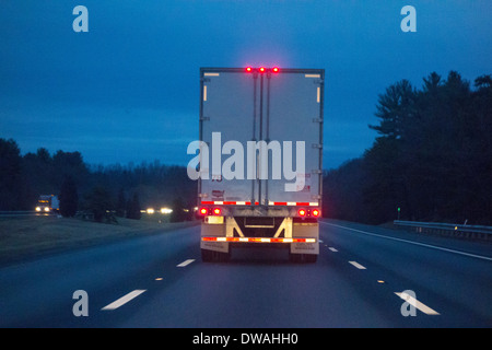 back of truck on highway - Stockfoto