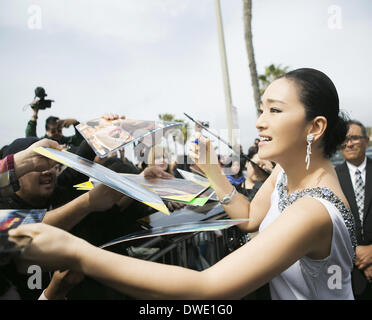 LA, CA, USA . 05th Mar, 2014. Actress Gong Li attends Film Independent Spirit Awards in Los Angeles, the USA on - Stock Photo