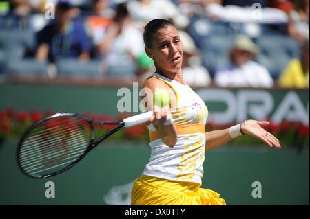 Indian Wells, CA, USA. 16th Mar, 2014.  [20] Flavia Pennetta (ITA) in action vs 2] Agnieszka Radwanska (POL) during - Stock Photo