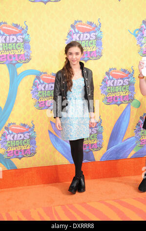 Los Angeles, CA, USA . 29th Mar, 2014. Actress Rowan Blanchard arrives on the orange carpet of Nickelodeon's 27th - Stock Photo