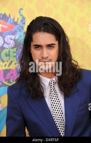 Los Angeles, CA, USA . 29th Mar, 2014. Actor Avan Jogia arrives on the orange carpet of Nickelodeon's 27th Annual - Stock Photo