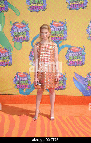 Los Angeles, CA, USA . 29th Mar, 2014. Actress Claudia Lee arrives on the orange carpet of Nickelodeon's 27th Annual - Stock Photo
