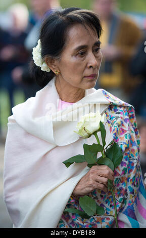 Berlin, Germany. 12th Apr, 2014. The Burmese Nobel Peace Prize Laureate Aung San Suu Kyi visits the area of the - Stock Photo