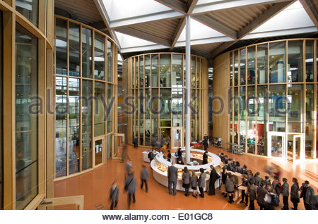 Interior of the Folkestone Academy in Kent designed by world renowned architects Foster and Partners and Buro Happold, - Stockfoto