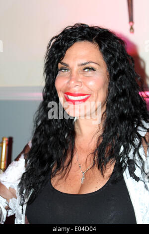 New York, New York, USA. 1st May, 2014. Book Signing meet the mob wives' the Graziano sisters© 2014 .Renee Graziano - Stock Photo
