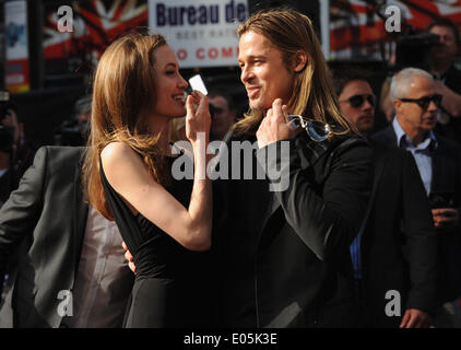 London, UK, UK. 2nd June, 2013. Angelina Jolie and Brad Pitt arrive for the premiere of 'World War Z' at The Empire - Stock Photo