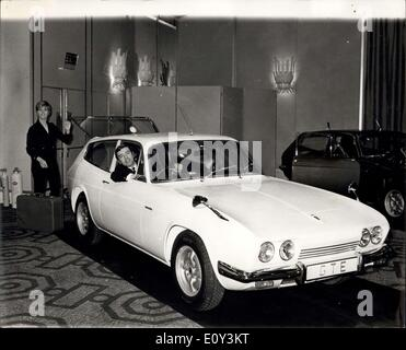 Oct. 02, 1968 - World's First Gt/ Estate car from Reliant. Unique Four Seater Joins Scimitar Range: Reliant announce - Stock Photo