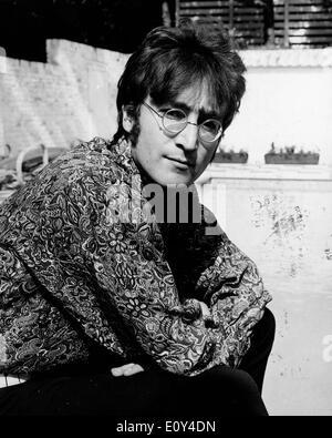 July 24, 1968 - London, England, United Kingdom - Singer/Songwriter JOHN LENNON (1940-1980) member of The Beatles - Stock Photo