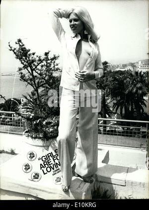 Pauline Baly Nude Photos 91
