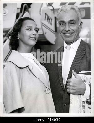 Mar. 31, 2012 - Honeymooners Dorothy Dandridge and Jack Denison, married only last Monday in Los Angeles, leave - Stock Photo