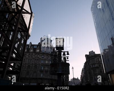 London, UK. 15th Apr, 2014. Leicester square in London © Giannis Papanikos/NurPhoto/ZUMAPRESS.com/Alamy Live News - Stock Photo
