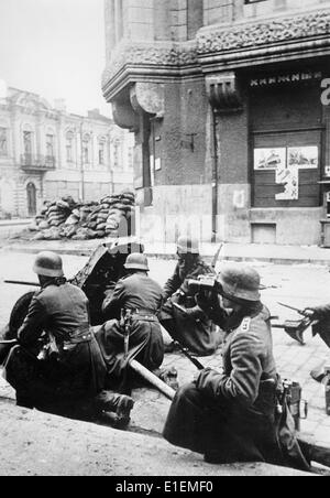 war and propaganda in the battle of kharkov The battle of stalingrad (23 august 1942 – 2 february 1943) was the largest  confrontation of  elsewhere, the war had been progressing well: the u-boat  offensive in the  operation fridericus i by the germans against the isium bulge , pinched off the soviet salient in the second battle of kharkov, and resulted in  the.