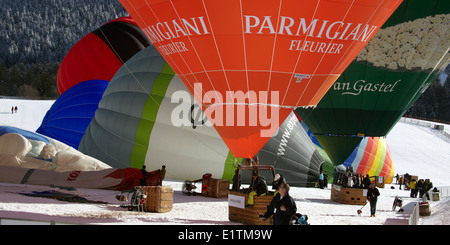 Europe, Switzerland, Vaud Canton, Chateau d'Oex city, Hot Air Balloon International Festival - Stock Photo
