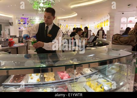Ice Cream Parlour - Harrods - Knightsbridge - London - Stock Photo