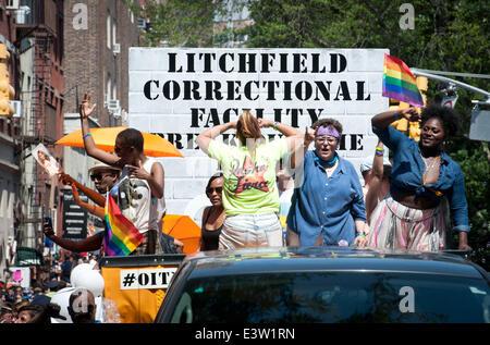 Manhattan, New York, USA. 29th June, 2014. Netflix series ''Orange Is The New Black'' cast members SAMIRA WILEY, - Stockfoto