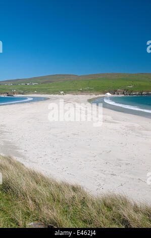 Tombolo (island attached to mainland by narrow spit), St. Ninian's, Shetland Islands, Scotland, UK, June 2011 - Stock Photo