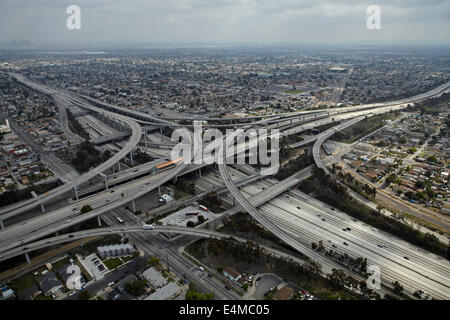 Judge Harry Pregerson Interchange, junction of I-105 and I-110 (Glenn Anderson Freeway and Harbor Freeway), Los - Stock Photo