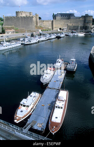 France bretagne finistere nord brest port militaire - Surplus militaire brest port de commerce ...
