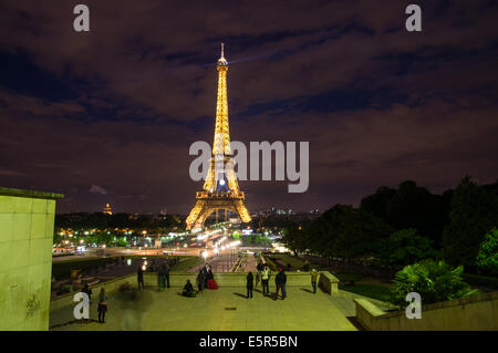 Night view of the Eiffel Tower from Trocadero, Paris, France - Stock Photo