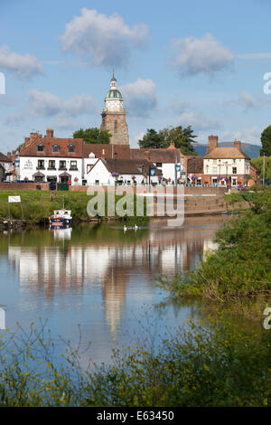 The Pepperpot and town on the River Severn, Upton upon Severn, Worcestershire, England, United Kingdom, Europe - Stockfoto