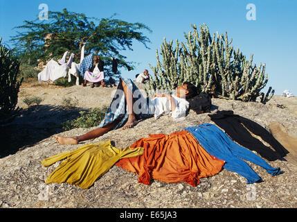 three lakes muslim single men Young muslim men pray at a for young muslim men, yosemite retreat strengthens sense for young muslim men, yosemite retreat strengthens sense of.