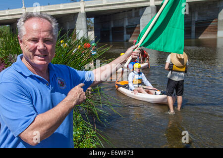 LA, CA, USA. 30th Aug, 2014. Los Angeles City Council member Tom LaBonge getting ready to start the race with its - Stock Photo