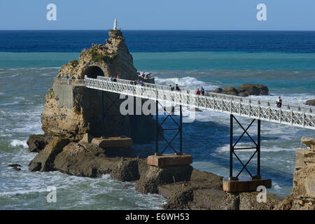 france aquitaine pyrenees atlantique biarritz plage de port vieux stock photo royalty free. Black Bedroom Furniture Sets. Home Design Ideas