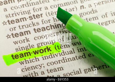 The Word Teamwork Highlighted in Dictionary with Green Marker Highlighter Pen. - Stockfoto