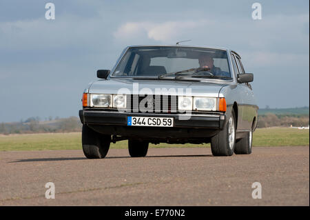 peugeot 604 french classic car early 80s model stock photo royalty free image 73295772 alamy. Black Bedroom Furniture Sets. Home Design Ideas