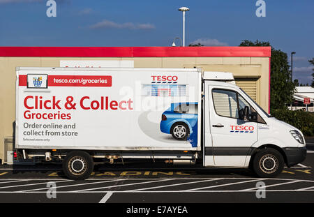 tesco click collect delivery van outside ullapool tesco superstore stock photo royalty free. Black Bedroom Furniture Sets. Home Design Ideas