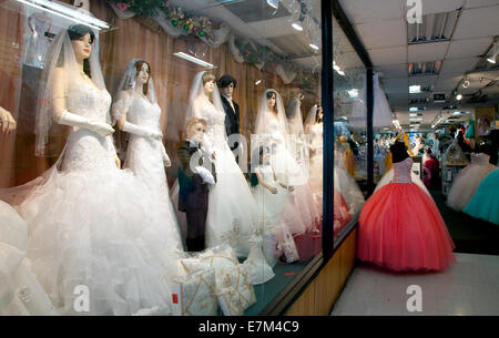 Wedding store in downtown Los Angeles, CA, 2014 - Stockfoto