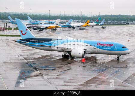 Thomson Airways Boeing 787-8 arrives from the Caribbean. - Stock Photo