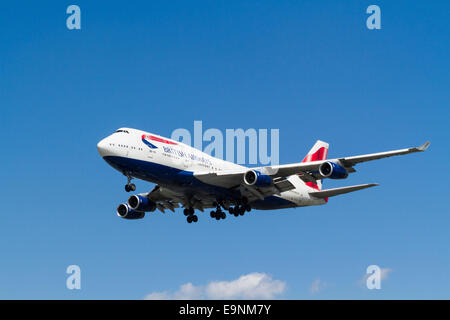 British Airways Boeing 747-400, G-CIVN, on its approach for landing at London Heathrow, England, UK - Stock Photo