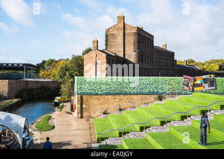 Granary Square King's Cross - London - Stock Photo