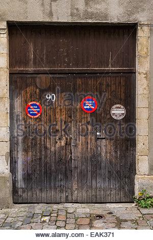 French priere de ne pas stationner devant cette porte - Merci de ne pas stationner devant le garage ...