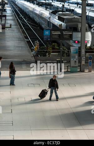 Frankreich, Paris, warten auf Zug am Gare de Lyon, - Stockfoto