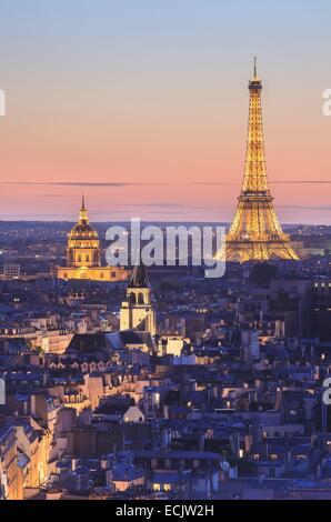 France, Paris, area listed as World Heritage y UNESCO, the Eiffel Tower (© SETE illuminations Pierre Bideau), the - Stock Photo