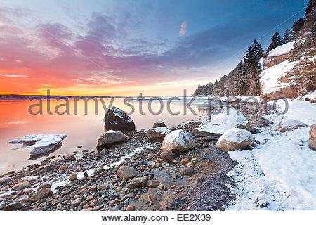Winter sunrise at Oven in Råde kommune, Østfold fylke, Norway. - Stock Photo