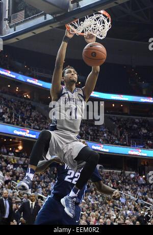 Washington, DC, USA. 19th Jan, 2015. 20150119 - Georgetown forward Isaac Copeland (11) dunks against Villanova in - Stock Photo