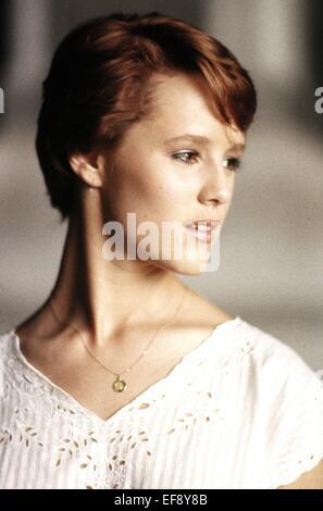 MARY STUART MASTERSON AT CLOSE RANGE (1986) - Stock Photo