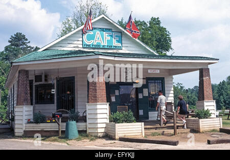 The Whistle Stop Cafe in Juliette, Georgia, USA, was the location for a popular 1991 Hollywood movie, 'Fried Green - Stock Photo