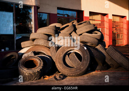 Used Tires Wilmington Nc >> Hughes Brothers Tire and Auto, Wilmington, NC Stock Photo, Royalty Free Image: 78812110 - Alamy