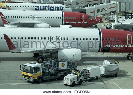 Europe, United Kingdom, London Gatwick airport, low cost airlines jetliners at the gates - Stock Photo