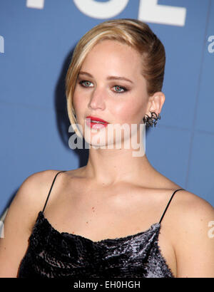 File. 4th Mar, 2015. Actress JENNIFER LAWRENCE will play war photographer Lynsey Addario in a film directed by Steven - Stock Photo