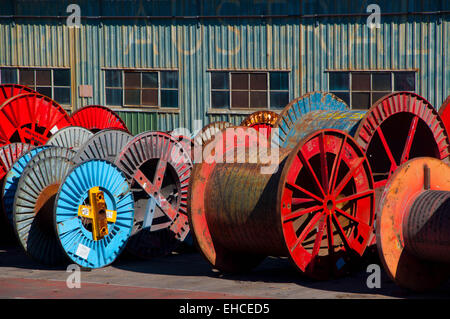 Cable spools and tin iron - Stockfoto