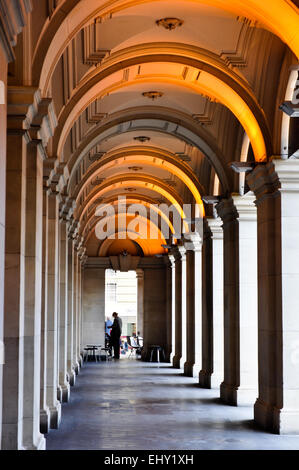 An arched verandah is a lovely architectural feature of one side of the historic GPO building in downtown Melbourne, - Stock Photo