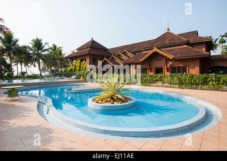 Pool Kumarakom Lake Resort Vembanad Lake Kerala South India Stock Photo 62068231 Alamy