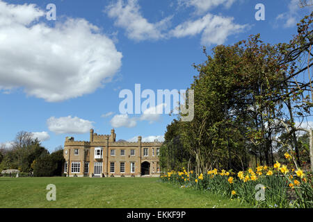 Nonsuch Park, Cheam, Surrey, England, UK. 11th April 2015. A lovely Spring day with blue skies and fluffy clouds - Stock Photo