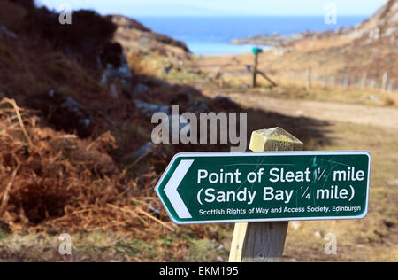 Sign on the Isle of Skye pointing the route to the Point of Sleat and the sandy beach of Camas Daraich. - Stock Photo