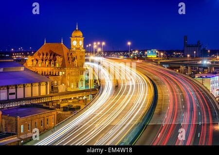 Richmond, Virgina, USA at historic Main Street Station and Interstate 95. - Stock Photo